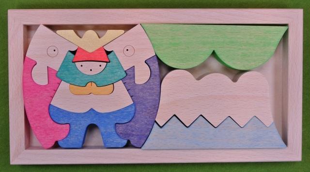 富士山の上の兜童子,組み木の五月人形,小黒三郎