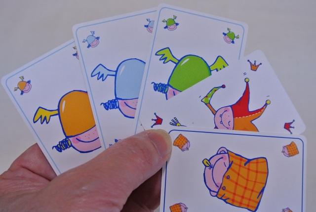 そっとおやすみ,カードゲーム,HABA,すごろくや